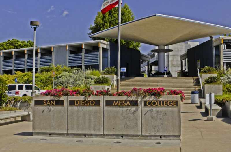 San Diego Mesa College Virtual Tour on YouVisit